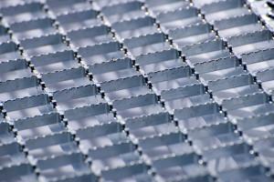Tauchbad Zink- Feuerverzinkung Stahlteile
